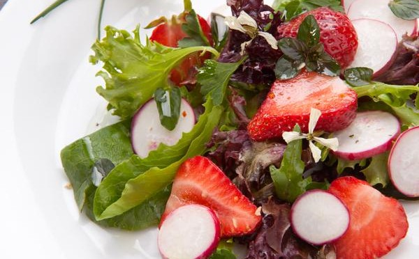 Strawberry Spring Mix Salad